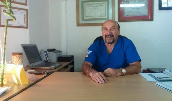 Dr. Carlos Navarro Ronco